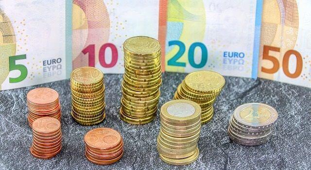 FX(外国為替証拠金取引)の投資で副業