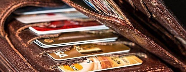 クレジットカードは何枚まで申し込めるのか?