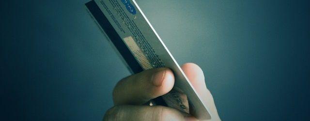 副業を始める初心者がクレジットカードを作る方法